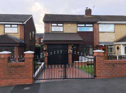 3 Bedrooms Semi Detached House for sale in Gawsworth Road, Golborne, Warrington, Greater Manchester