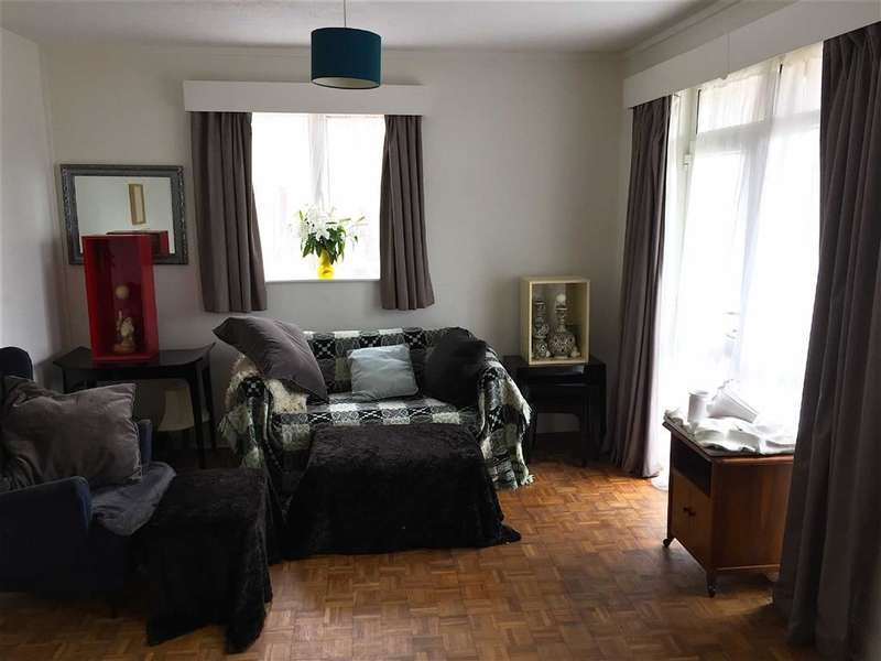 2 Bedrooms Flat for sale in Richmond Court, Richmond Road, Uplands
