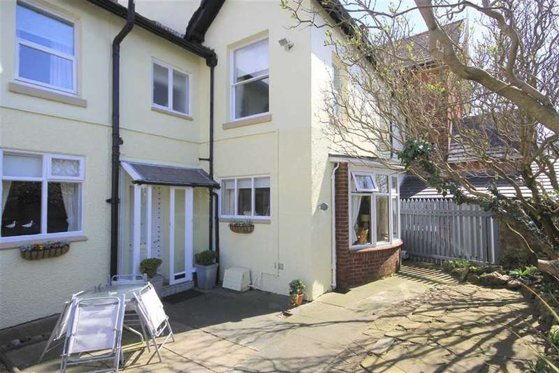 4 Bedrooms Property for sale in Station Road, Lytham