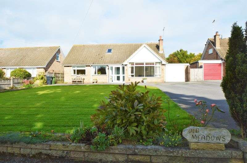 4 Bedrooms Detached House for sale in Salt Way * Astwood Bank