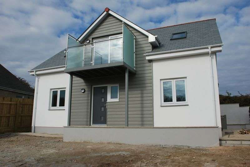 4 Bedrooms Detached House for sale in Carninney Lane, Carbis Bay
