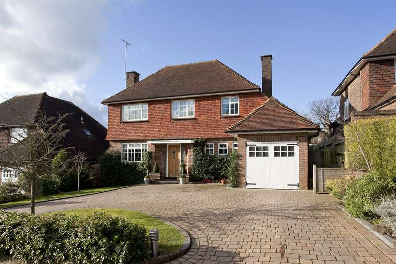 4 Bedrooms Detached House for sale in Warren Road, Bushey Heath, Hertfordshire, WD23
