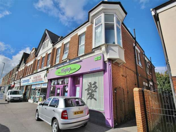 1 Bedroom Flat for sale in 66 Ashley Road, Parkstone, POOLE, Dorset