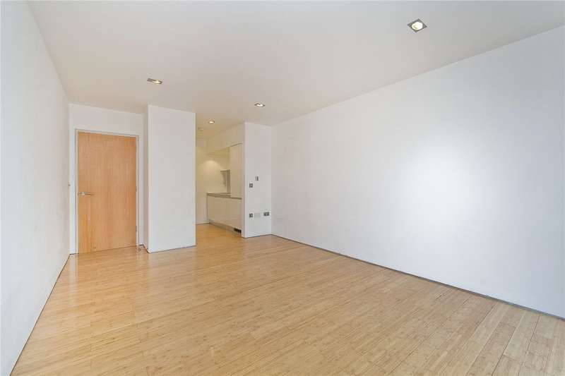 2 Bedrooms Flat for sale in Kingsland Road, Hackney, E8