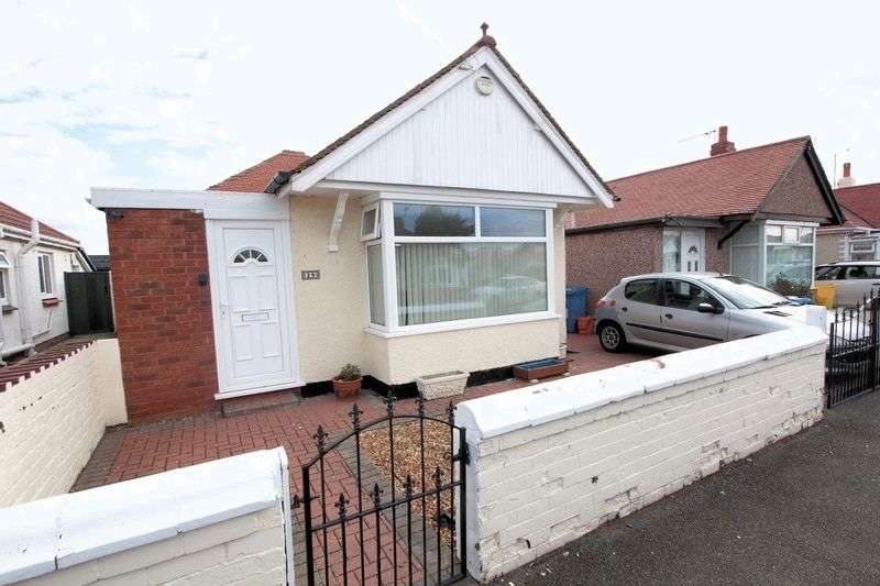 2 Bedrooms Detached Bungalow for sale in Garford Road, Rhyl