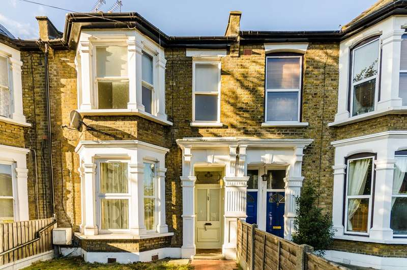 1 Bedroom Flat for sale in Manor Road, Leyton, E10