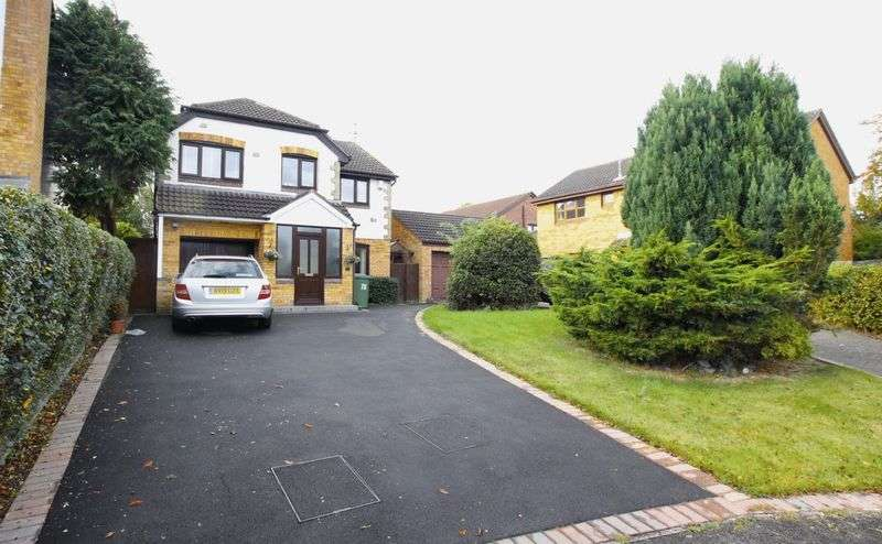 4 Bedrooms Detached House for sale in Heathbank Avenue, Irby