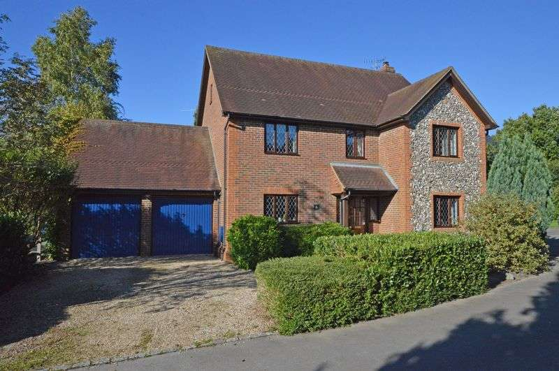 5 Bedrooms Detached House for sale in Kingswood Rise, Four Marks, Alton, Hampshire