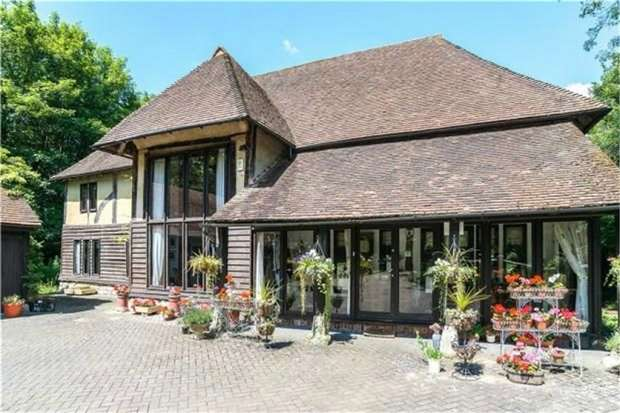 6 Bedrooms Barn Conversion Character Property for sale in Lower Street, Leeds, Maidstone, Kent