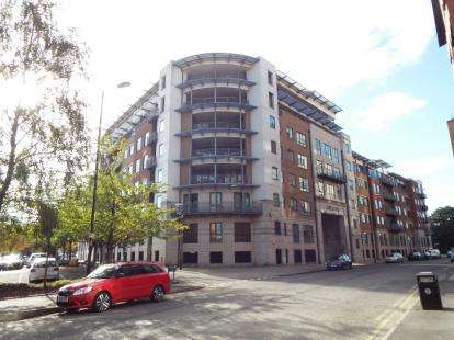 2 Bedrooms Flat for sale in 39 City Road East, Southern Gateway, Manchester, Greater Manchester