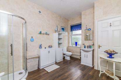 3 Bedrooms Terraced House for sale in Scott Lidgett Road, Stoke-On-Trent, Longport, Staffs