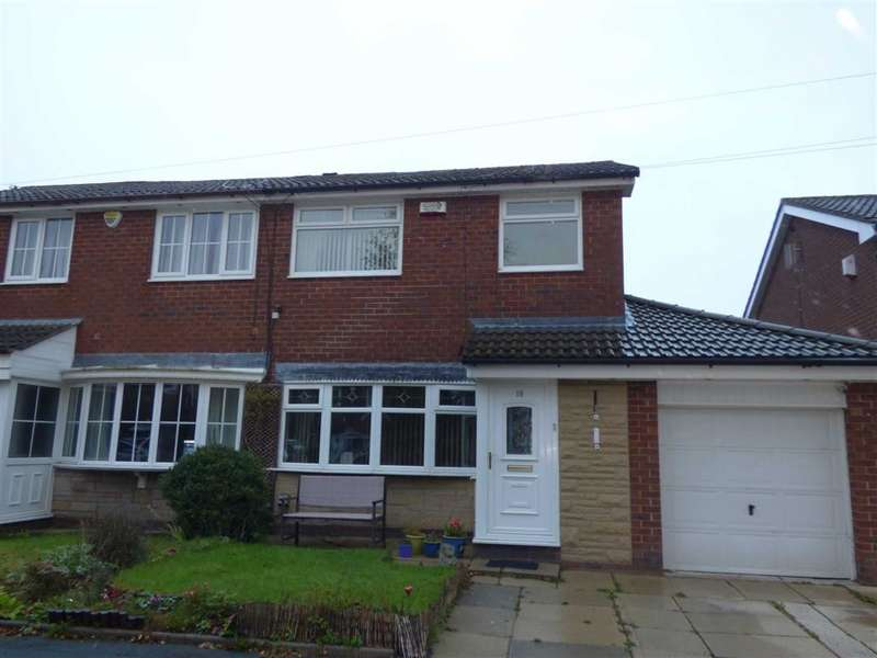 3 Bedrooms Property for sale in Crossfield Close, Wardle, Rochdale, Lancashire, OL12