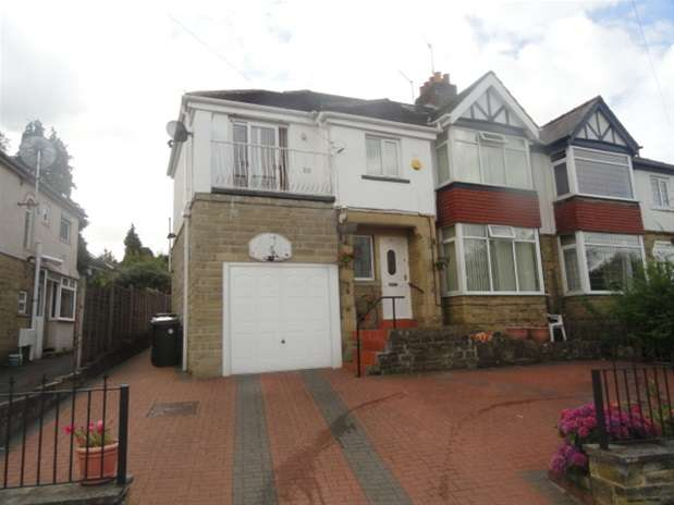 6 Bedrooms Semi Detached House for sale in Ashfield Avenue, Heaton/Shipley