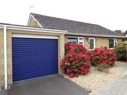 2 Bedrooms Bungalow for sale in South Petherton, Somerset
