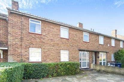 5 Bedrooms Terraced House for sale in Bushfield Crescent, Edgware, London, United Kingdom
