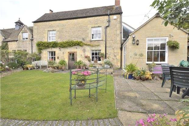 3 Bedrooms Cottage House for sale in Station Road, Bishops Cleeve, CHELTENHAM, Gloucestershire, GL52 8HH