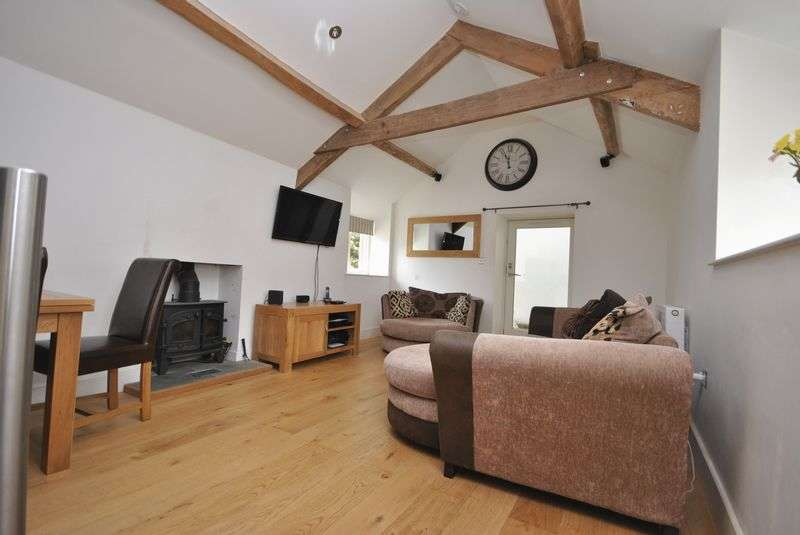 2 Bedrooms Cottage House for sale in North Street, Crewkerne