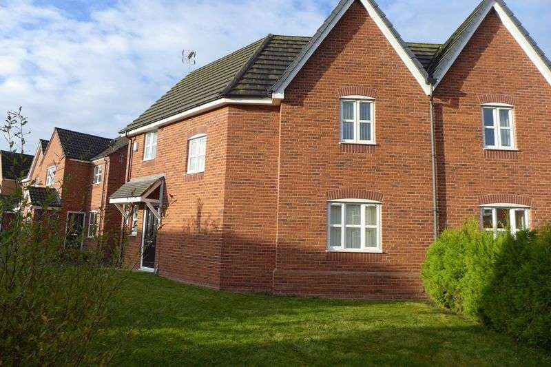 3 Bedrooms Semi Detached House for sale in Sheppard Street, Wrexham