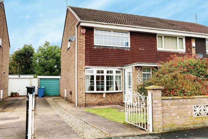 2 Bedrooms Semi Detached House for sale in Hathersage Road, Hull