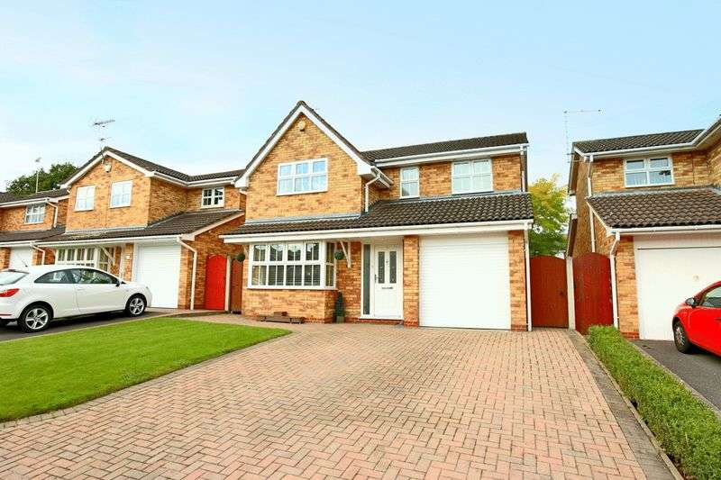 4 Bedrooms Detached House for sale in Chilworth Close, Crewe
