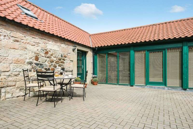 3 Bedrooms Terraced House for sale in 1 Kingsfield Steadings, Linlithgow