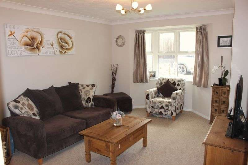 3 Bedrooms Detached House for sale in Purbeck Place, Calne