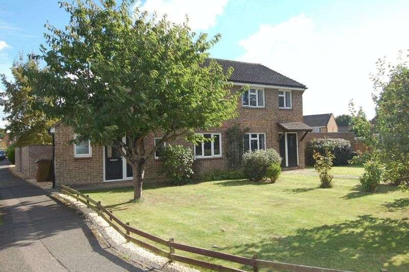 4 Bedrooms Semi Detached House for sale in YARNTON