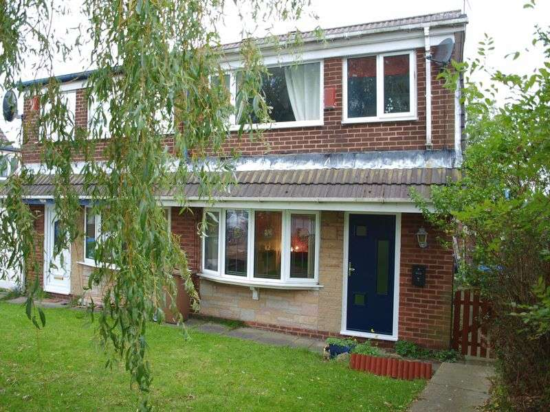 3 Bedrooms Semi Detached House for sale in Turnough Road, Milnrow, OL16 3UT
