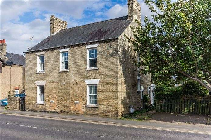 3 Bedrooms Semi Detached House for sale in High Street, Cottenham, Cambridge