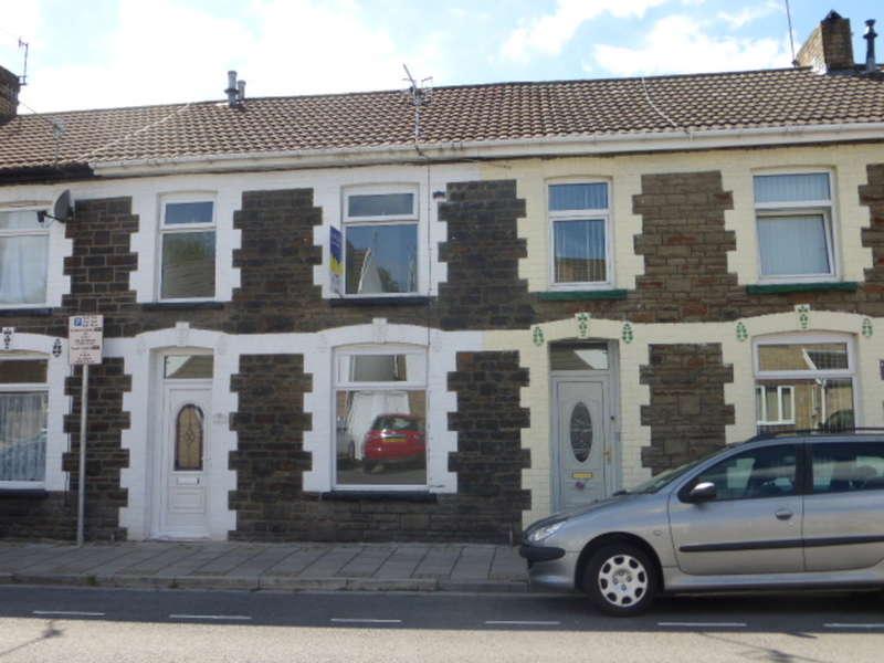 3 Bedrooms Terraced House for sale in East Street, Pontypridd