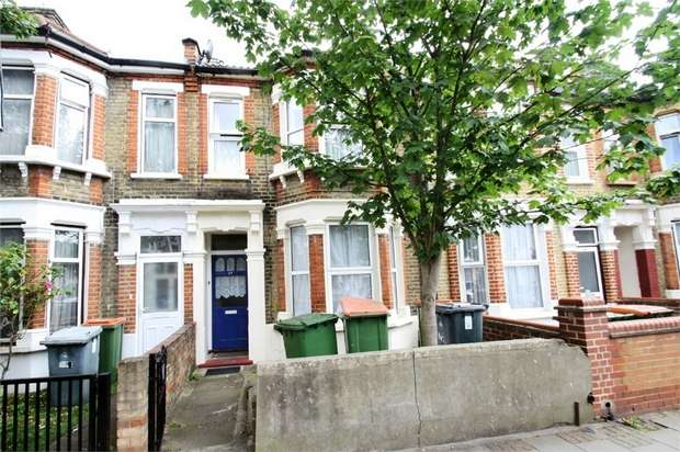 1 Bedroom Flat for sale in Lucas Avenue, Plaistow, London