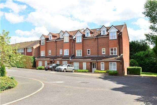 1 Bedroom Flat for sale in Hasletts Close, TN1 2EE