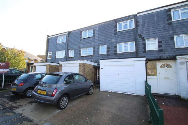 5 Bedrooms Property for sale in Greatfields Drive, Hillingdon, Middlesex