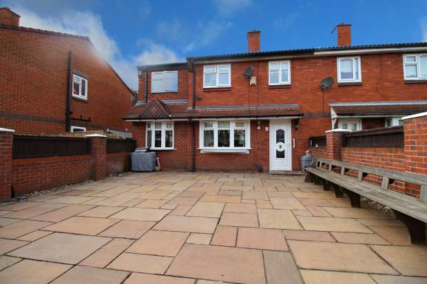 4 Bedrooms Semi Detached House for sale in Benton Close, Liverpool, Merseyside, L5 7TZ