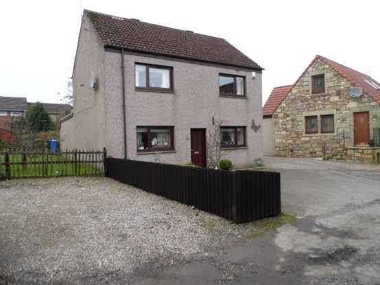 3 Bedrooms Detached House for sale in Parliament Square, Cupar, Fife, KY15 7PD