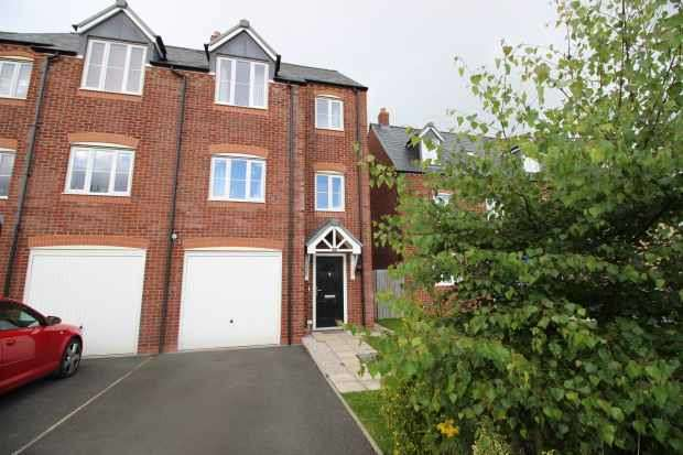 4 Bedrooms Semi Detached House for sale in Stryd Y Barcud, Ruthin, Clwyd, LL15 1QD