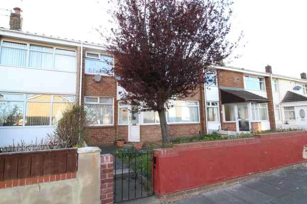 3 Bedrooms Terraced House for sale in Eddleston Walk, Hartlepool, Durham, TS25 4AY