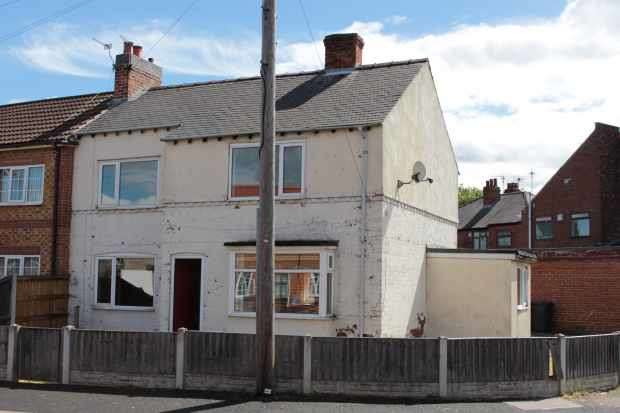 3 Bedrooms Semi Detached House for sale in Corona Drive, Doncaster, South Yorkshire, DN8 4DA