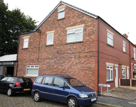 2 Bedrooms Apartment Flat for sale in Careless Lane, Wigan, Lancashire, WN2 2HP