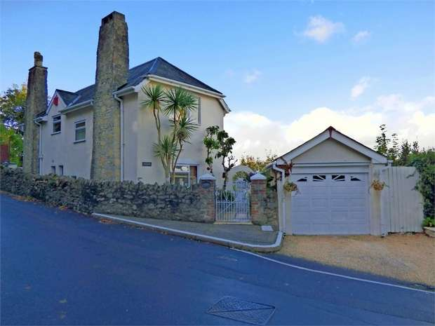 3 Bedrooms Detached House for sale in Higher Woodfield Road, Torquay, Devon