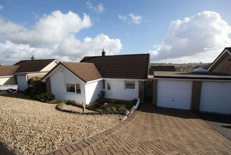 3 Bedrooms Property for sale in Bosvenna View, Bodmin