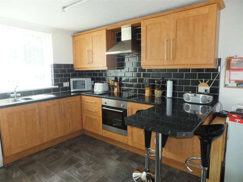 3 Bedrooms Terraced House for sale in Langbar, Whiston, Prescot