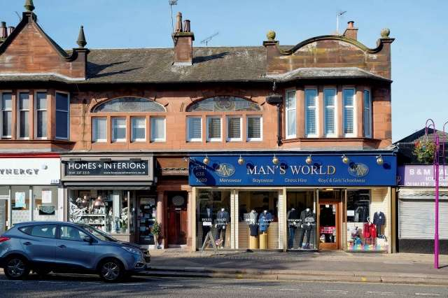 2 Bedrooms Flat for sale in Fenwick Road, Giffnock, Glasgow, G46 6UE
