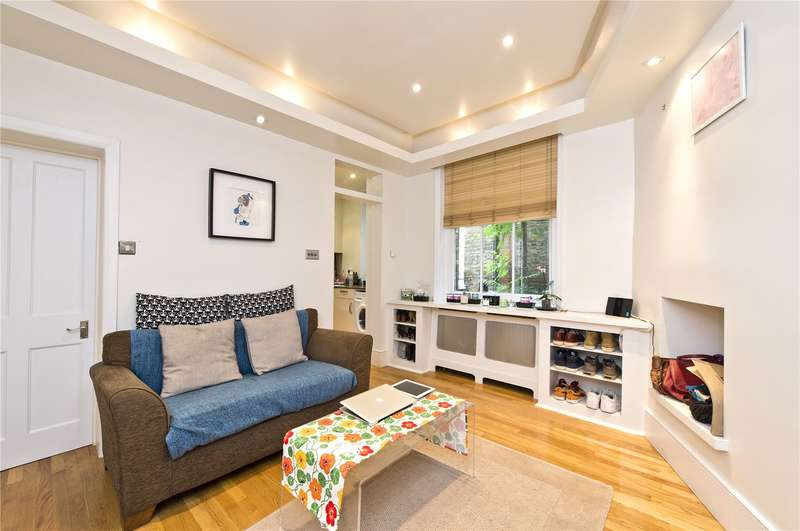 1 Bedroom Ground Flat for sale in Sheen Gate Mansions, Upper Richmond Road West, SW14