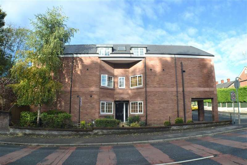 2 Bedrooms Property for sale in Clarence Street, Stalybridge, Cheshire, SK15