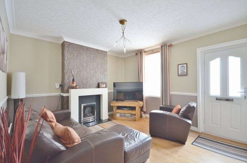 3 Bedrooms Terraced House for sale in Collins Terrace, Maryport