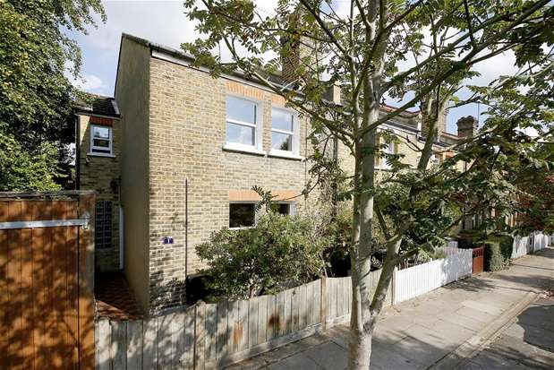 4 Bedrooms Terraced House for sale in Lucas Road, Penge