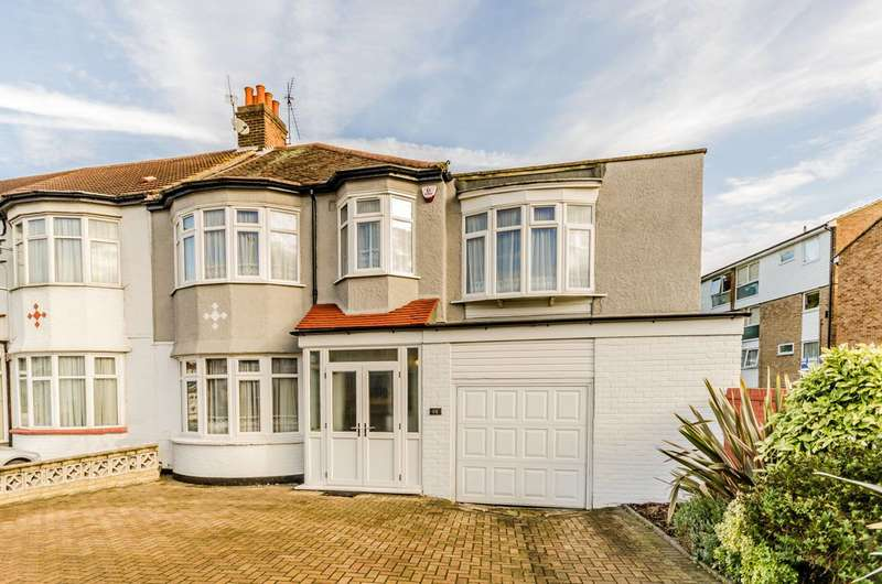 4 Bedrooms House for sale in Hedge Lane, Palmers Green, N13