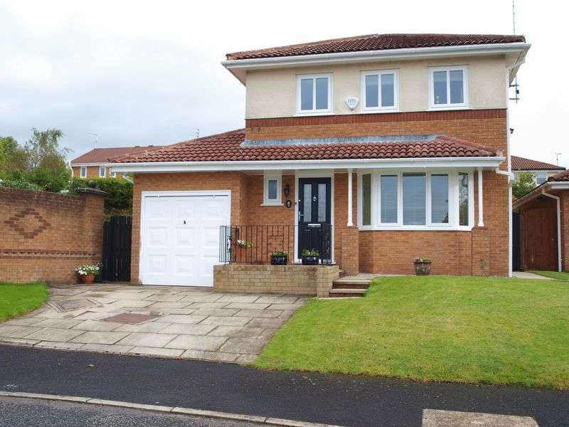 4 Bedrooms Detached House for sale in Fernside Way, Norden, OL12 7PT