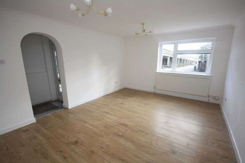 3 Bedrooms House for sale in Scoter Close, Woodford Green